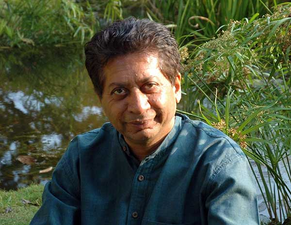 Indian-American author Richard Crasta